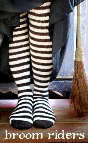 tiny owl knits broom riders